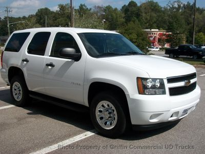 2011 Chevrolet Tahoe TAHOE 4x4 JUST 41k MILES - Click to see full-size photo viewer