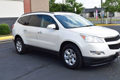 2011 Chevrolet Traverse AWD 4dr LT w/1LT - Click to see full-size photo viewer