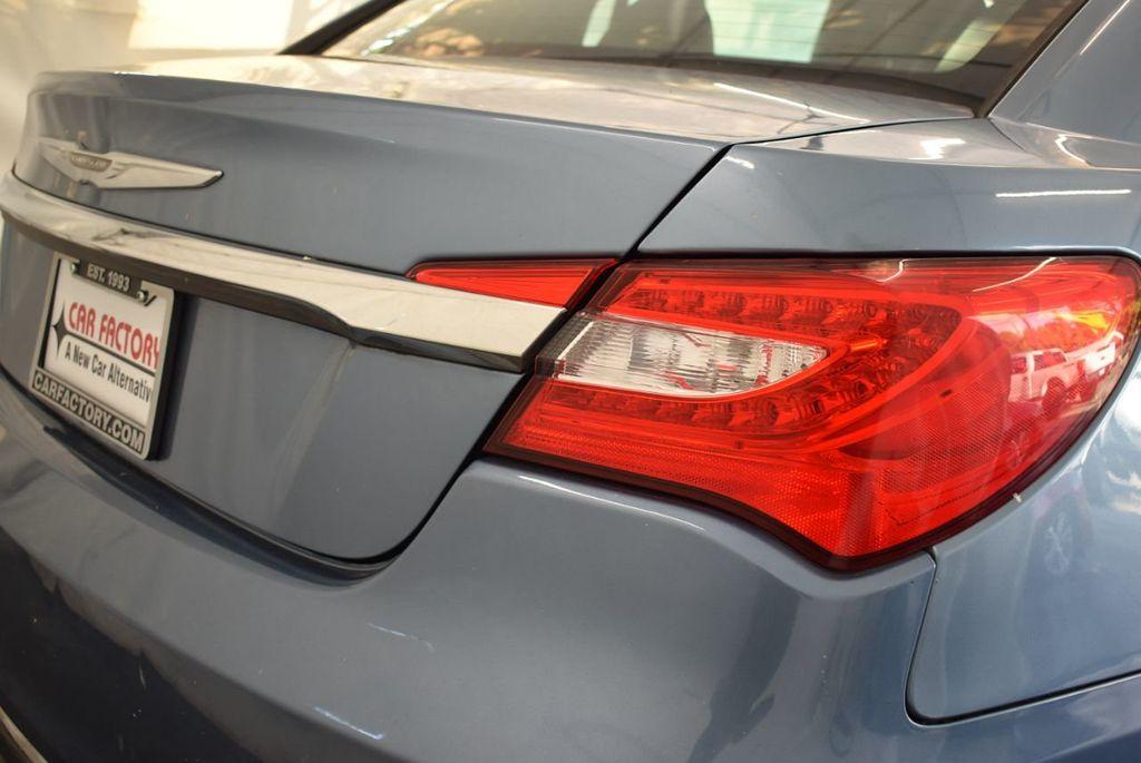 2011 Chrysler 200 4dr Sedan LX - 18037974 - 1