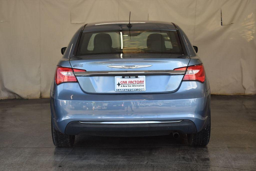 2011 Chrysler 200 4dr Sedan LX - 18037974 - 7