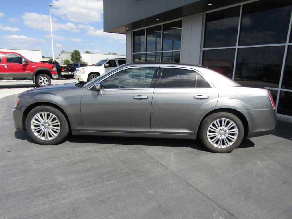 2011 Chrysler 300 4dr Sedan 300C AWD - 18089543 - 3