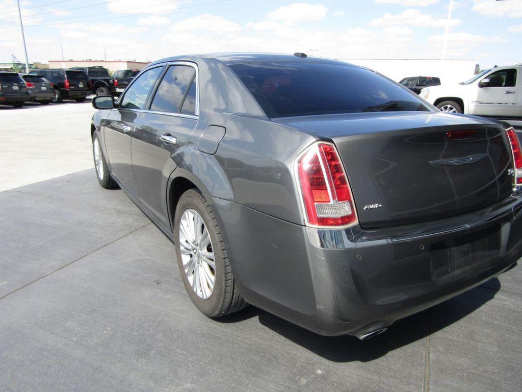2011 Chrysler 300 4dr Sedan 300C AWD - 18089543 - 4