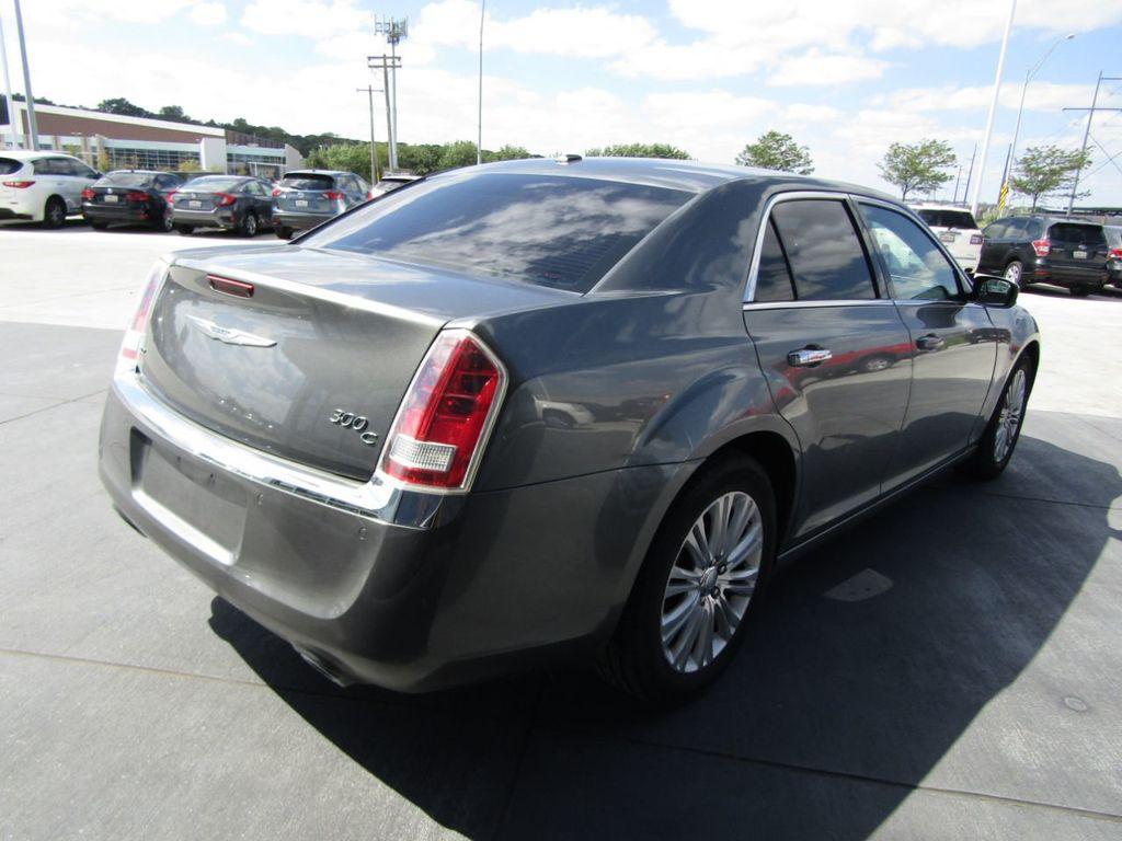 2011 Chrysler 300 4dr Sedan 300C AWD - 18089543 - 6