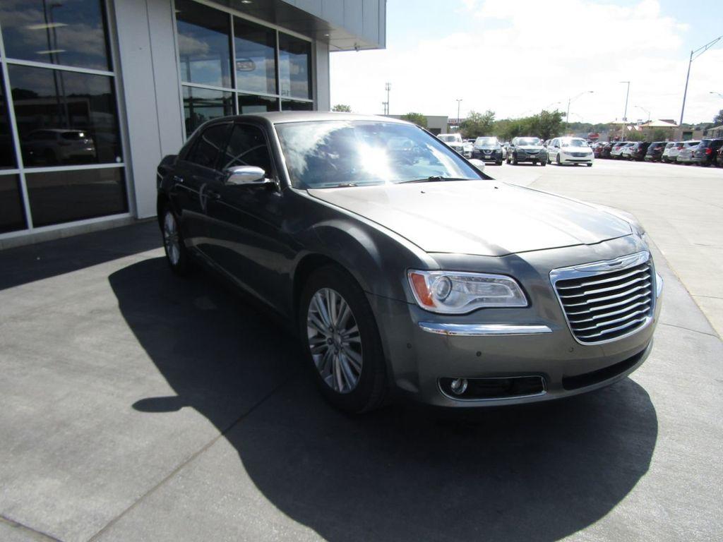 2011 Chrysler 300 4dr Sedan 300C AWD - 18089543 - 8