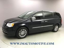 2011 Chrysler Town & Country - 2A4RR6DG2BR683751