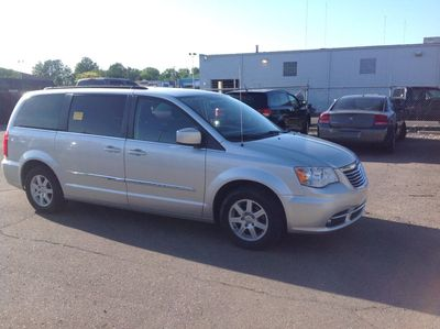 2011 Chrysler Town & Country - 2A4RR5DG2BR697921