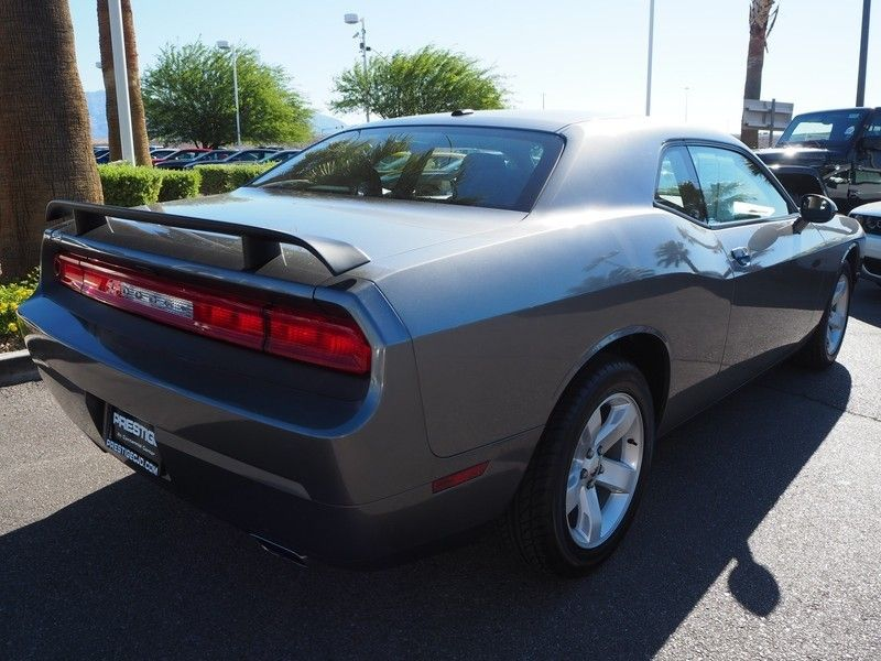 2011 Dodge Challenger 2dr Coupe - 17753934 - 11
