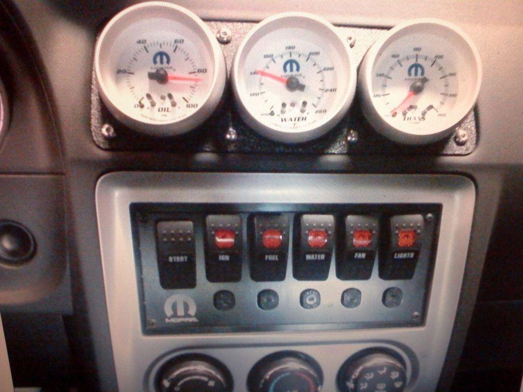 2011 Dodge Challenger Mopar 10 Drag Pak - 12184220 - 34
