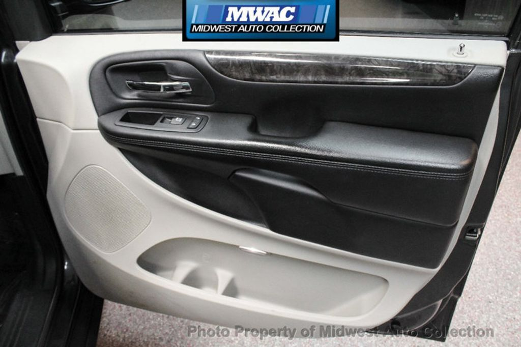 2011 Dodge Grand Caravan CREW NAV BACK UP DVD  - 17858047 - 26