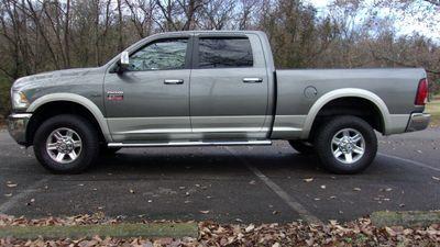 2011 Dodge Ram 2500 CREW CAB 4WD LARAMIE Truck