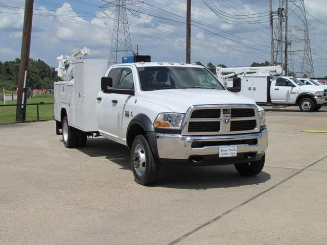 2011 Dodge Ram 5500 Fuel - Lube Truck 4x4 - 11975265 - 2