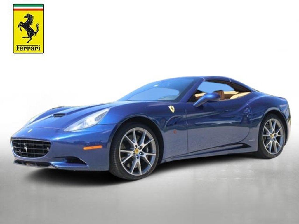 2011 Ferrari California 2dr Convertible - 18669550 - 0