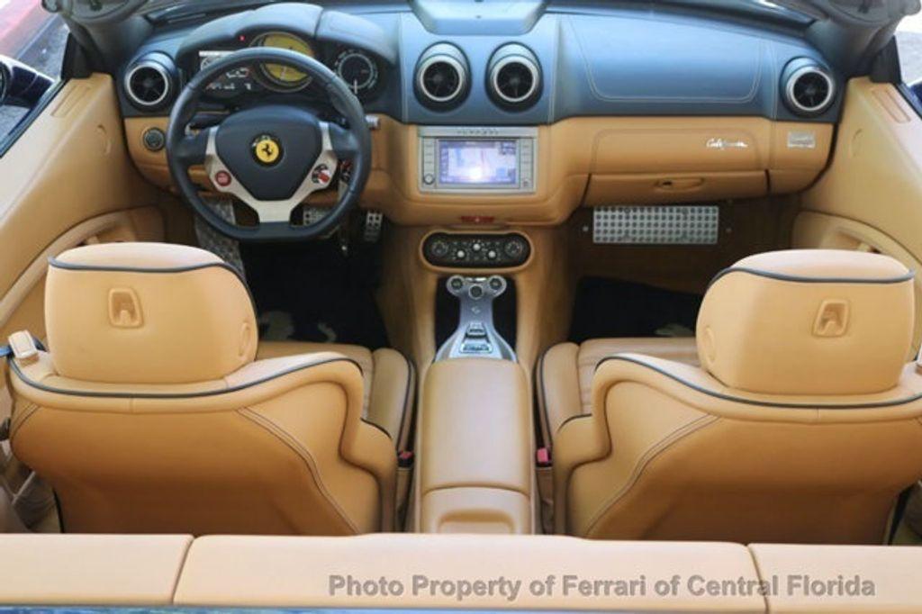 2011 Ferrari California 2dr Convertible - 18669550 - 16