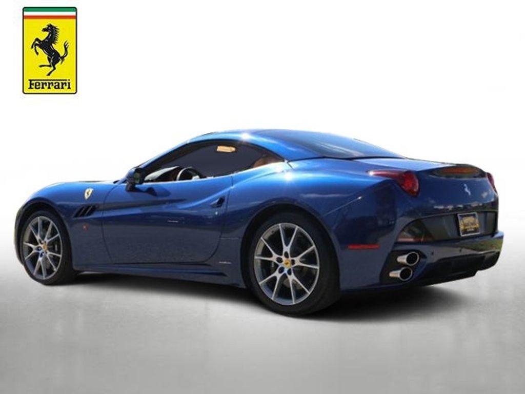 2011 Ferrari California 2dr Convertible - 18669550 - 1