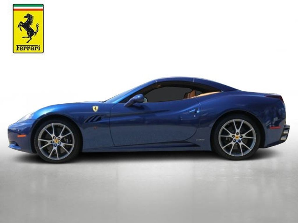 2011 Ferrari California 2dr Convertible - 18669550 - 2