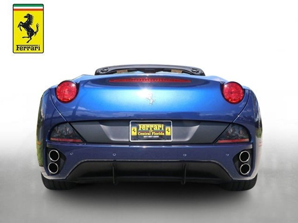 2011 Ferrari California 2dr Convertible - 18669550 - 3