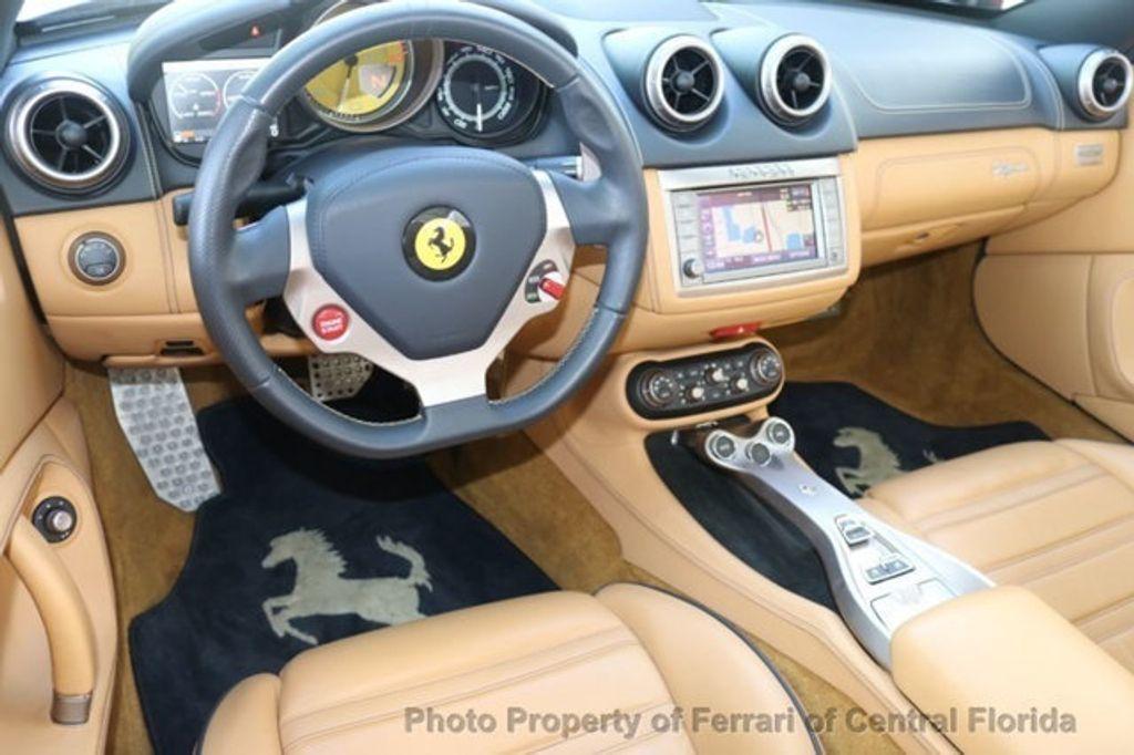 2011 Ferrari California 2dr Convertible - 18669550 - 4