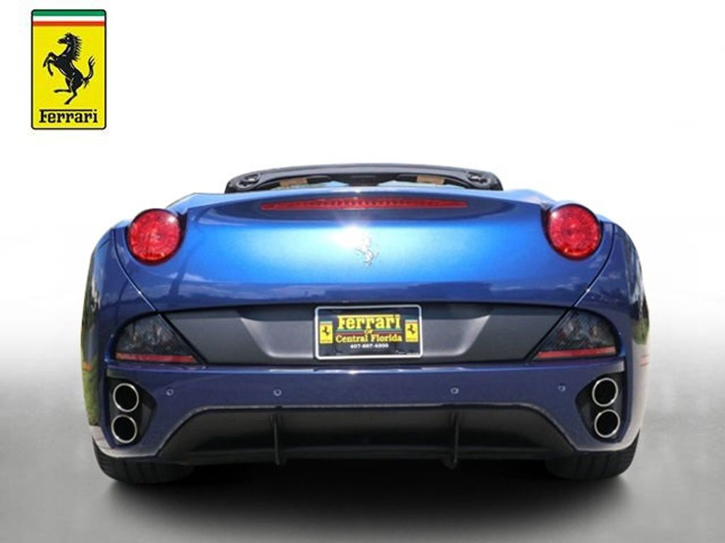 2011 Ferrari California 2dr Convertible - 18669550 - 7