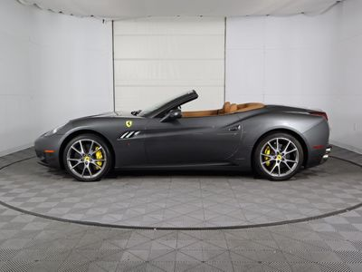 2011 Ferrari California 2dr Convertible - Click to see full-size photo viewer