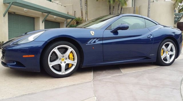 2011 Ferrari California Roadster  - 15789615 - 17
