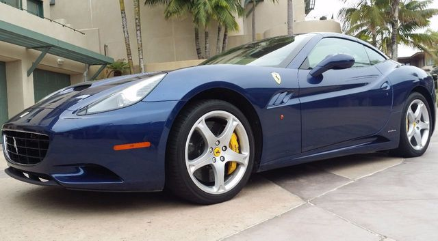 2011 Ferrari California Roadster  - 15789615 - 19