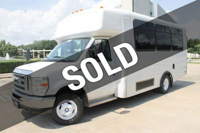 2011 Ford E-350 2011 Ford E-350 w/HANDICAP Lift Van