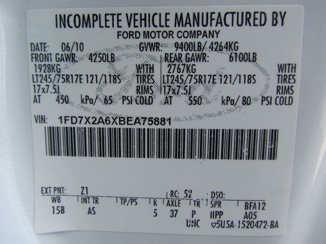 2011 Ford F250 Utility-Service 4x2 - 15577155 - 30