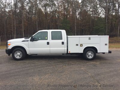 2011 Ford F350HD CREW CAB SRW UTILITY SERVICE BODY 23k MI ONE OWNER VA TRUCK!! SUPER CLEAN! LOW LOW MILES