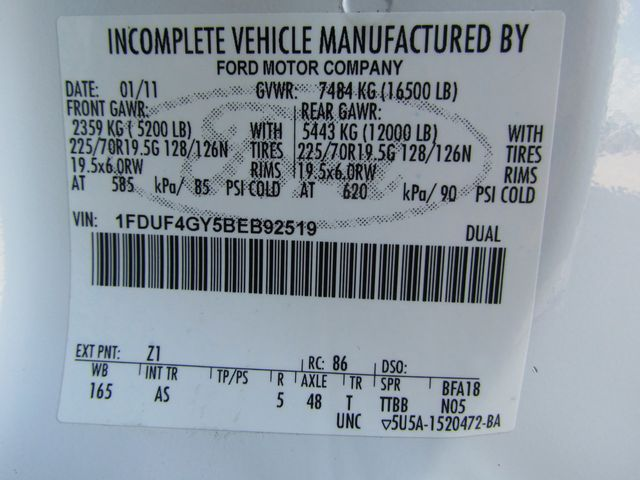 2011 Ford F450 Flatbed 4x2 - 16221264 - 30