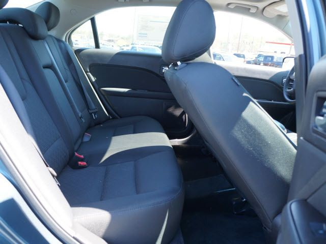 2011 Ford Fusion 4dr Sdn SE FWD - 11960082 - 17
