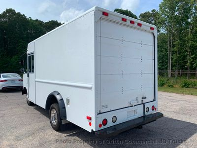 2011 Ford STEP VAN JUST 26k MILES ONE OWNER FEDEX GROUND! ROLL UP A/C - Click to see full-size photo viewer