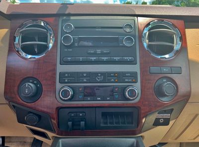 """2011 Ford Super Duty F-250 SRW 4WD Crew Cab 156"""" King Ranch - Click to see full-size photo viewer"""