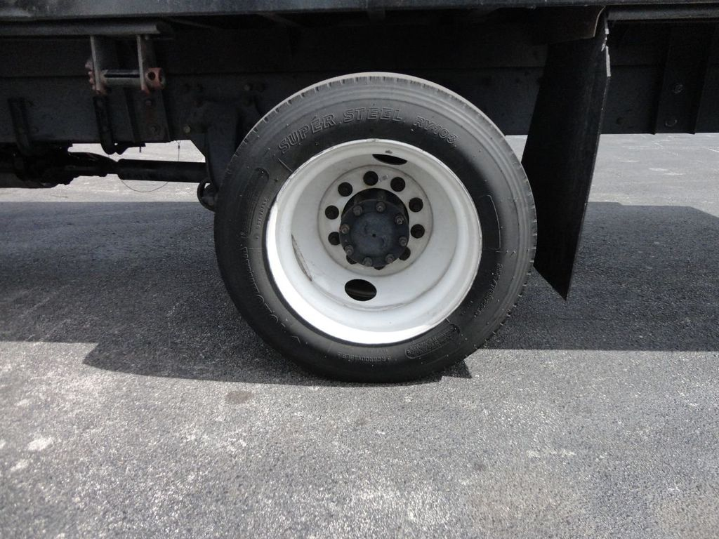 2011 Freightliner BUSINESS CLASS M2 106 AIR BRAKES. AIR SUSPENSION..22FT FLATBED.. - 17335326 - 11
