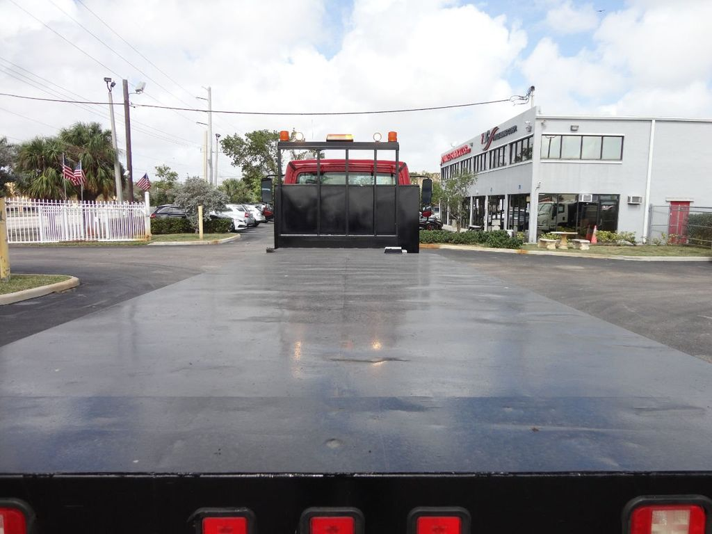 2011 Freightliner BUSINESS CLASS M2 106 AIR BRAKES. AIR SUSPENSION..22FT FLATBED.. - 17335326 - 18