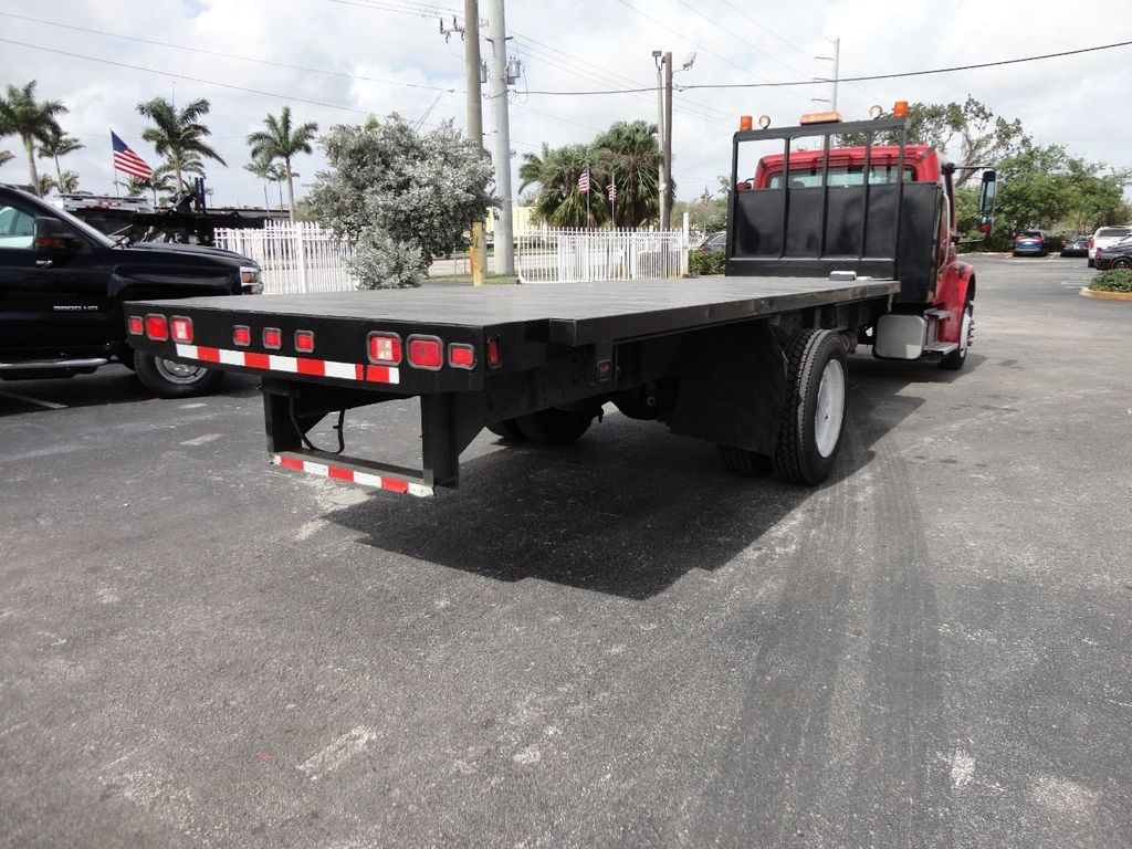 2011 Freightliner BUSINESS CLASS M2 106 AIR BRAKES. AIR SUSPENSION..22FT FLATBED.. - 17335326 - 4