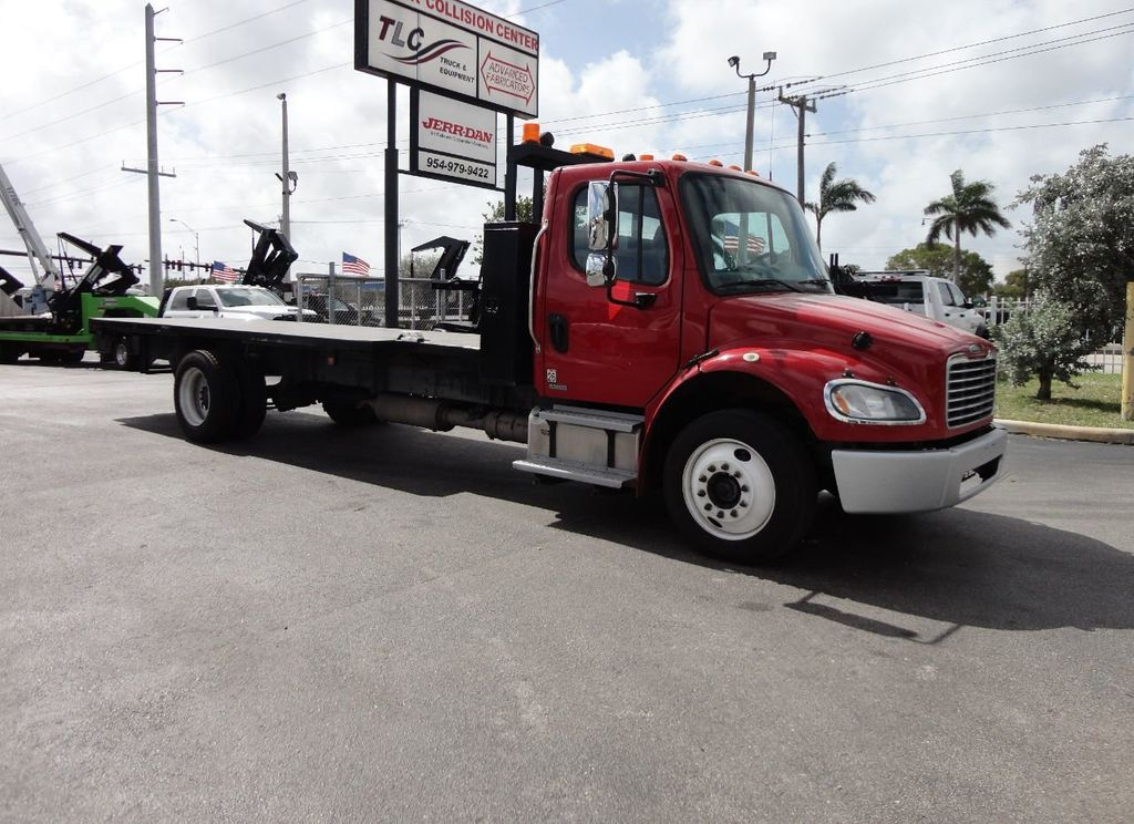 2011 Freightliner BUSINESS CLASS M2 106 AIR BRAKES. AIR SUSPENSION..22FT FLATBED.. - 17335326 - 7