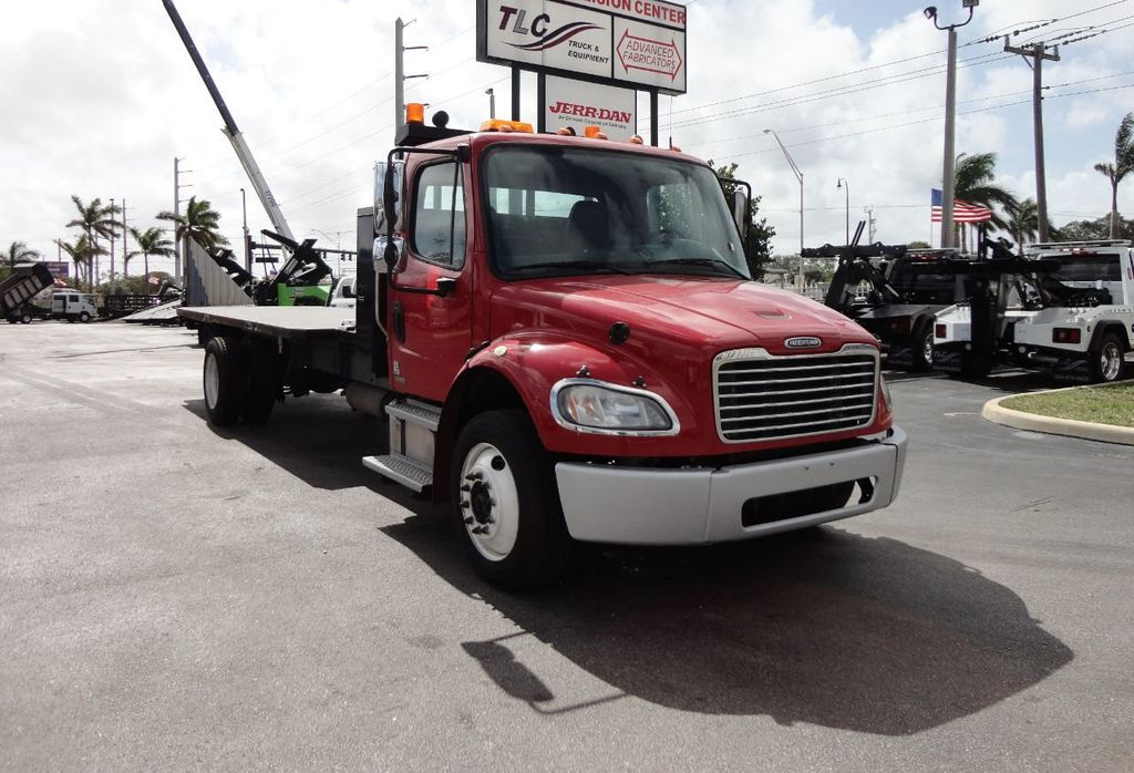 2011 Freightliner BUSINESS CLASS M2 106 AIR BRAKES. AIR SUSPENSION..22FT FLATBED.. - 17335326 - 8