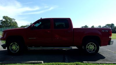 2011 GMC Sierra 1500 4WD CREW CAB SLT 6.2L V8 - Click to see full-size photo viewer