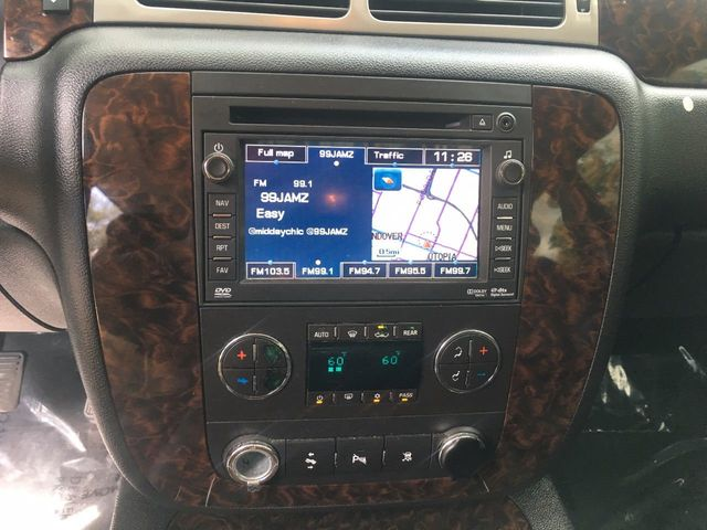 2011 GMC Yukon XL 2WD 4dr 1500 Denali - Click to see full-size photo viewer