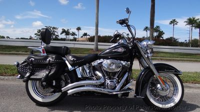 2011 Harley-Davidson Heritage Softail LIKE NEW - Click to see full-size photo viewer