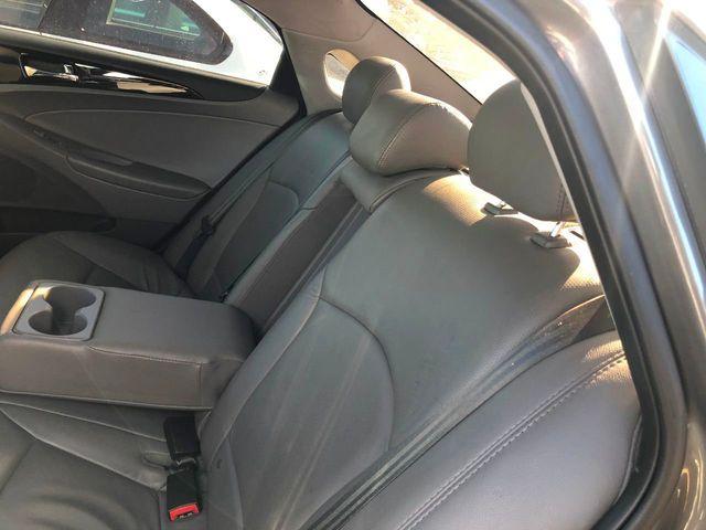2011 Hyundai Sonata 4dr Sedan 2.4L Automatic SE - Click to see full-size photo viewer