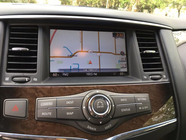 2011 INFINITI QX56 2WD 4dr 8-passenger - Click to see full-size photo viewer
