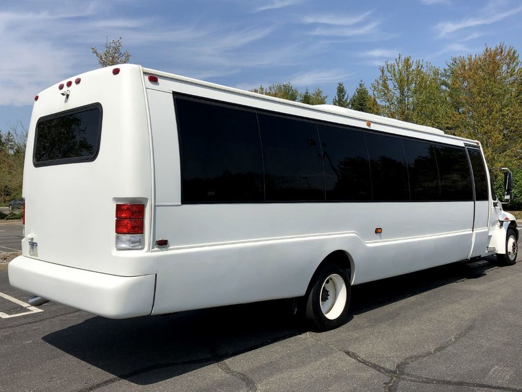 2011 International Krystal 36 Seat Shuttle Bus For Sale For Senior Tour Charters Student Church Hotel Transport - 18853704 - 8