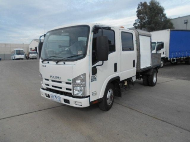 2011 Isuzu NLS 200 ISUZU NLS CREW ALL WHEEL DRIVE 4x2 - 17586277 - 0