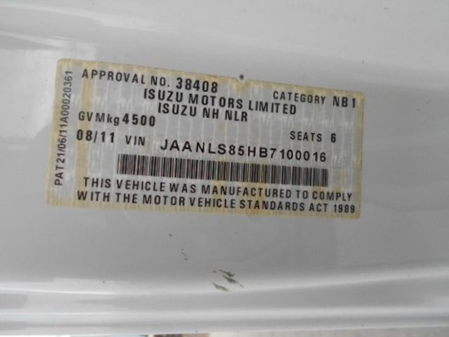 2011 Isuzu NLS 200 ISUZU NLS CREW ALL WHEEL DRIVE 4x2 - 17586277 - 14