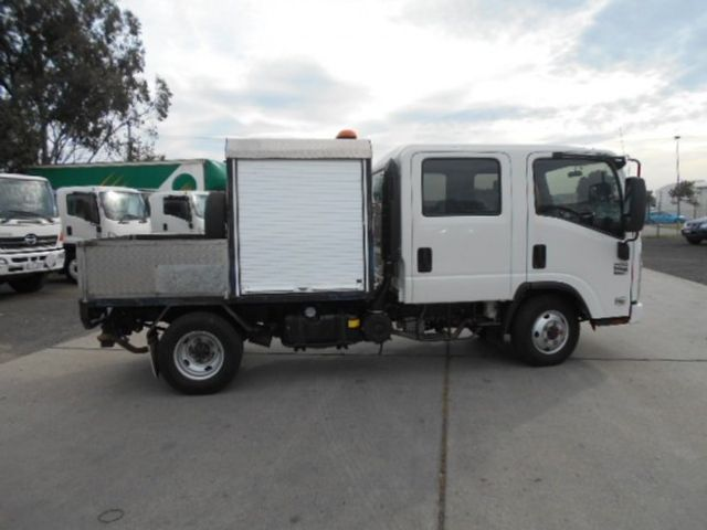 2011 Isuzu NLS 200 ISUZU NLS CREW ALL WHEEL DRIVE 4x2 - 17586277 - 4