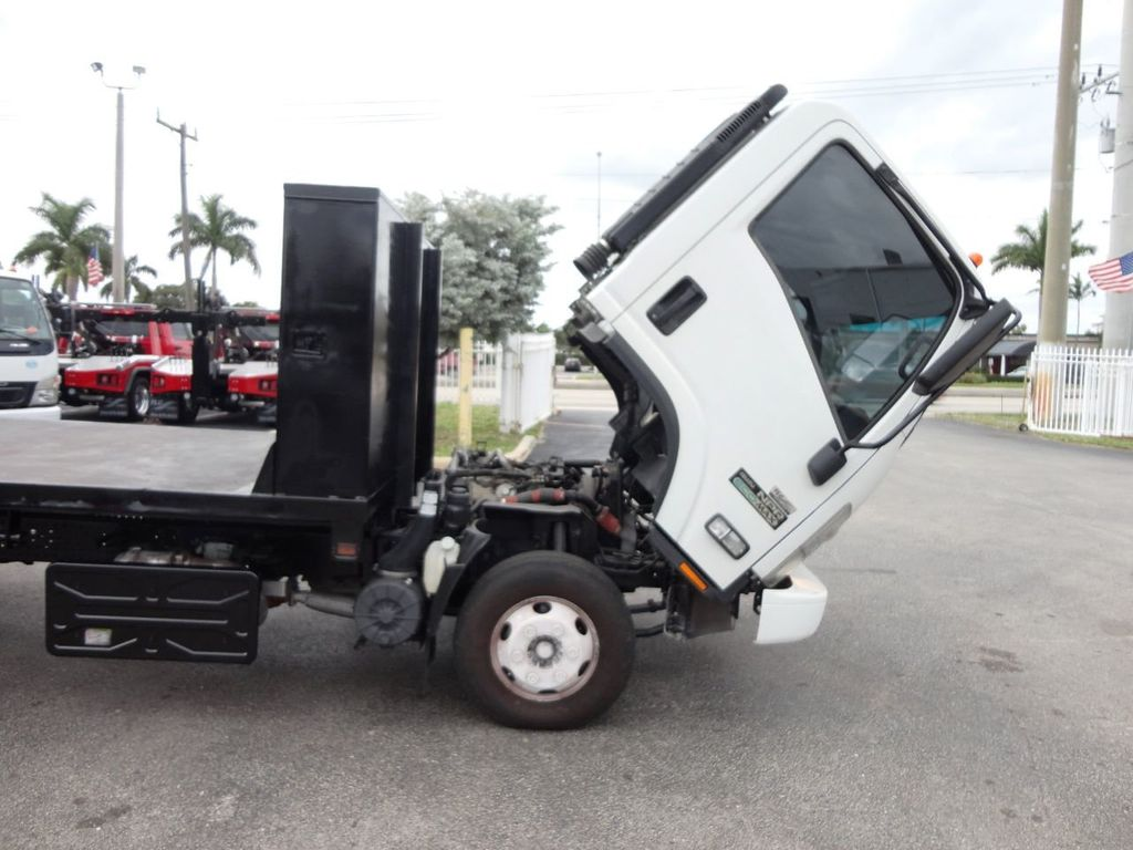 2011 Isuzu NPR 17FT FLATBED - 18450951 - 18