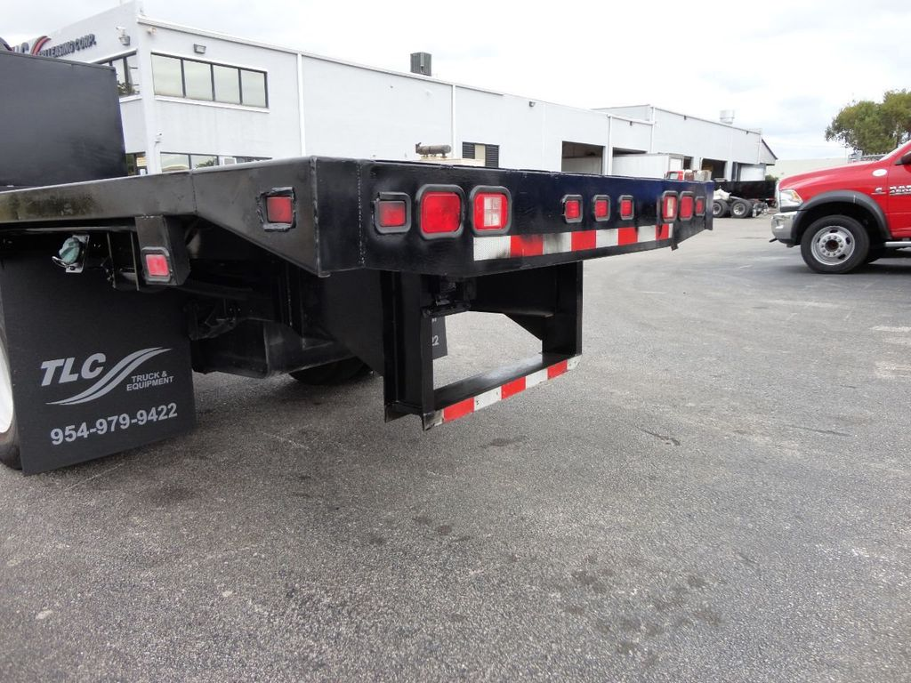 2011 Isuzu NPR 17FT FLATBED - 18450951 - 24