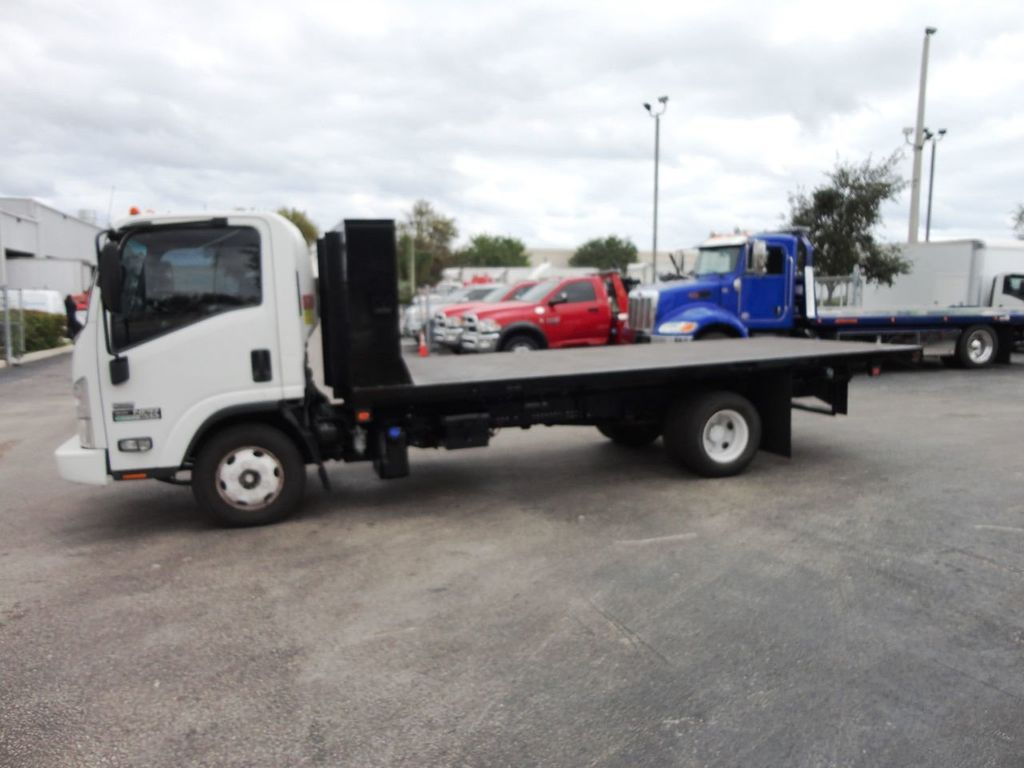 2011 Isuzu NPR 17FT FLATBED - 18450951 - 4