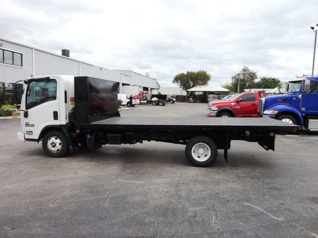 2011 Isuzu NPR 17FT FLATBED - 18450951 - 5